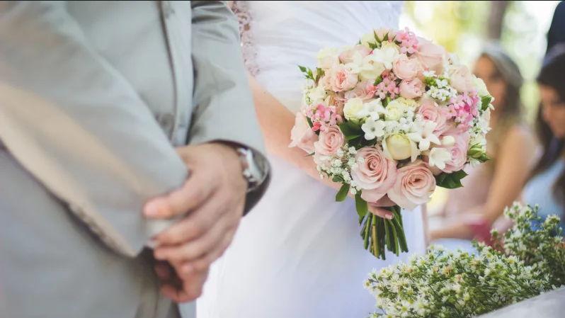 Jak wybrać kwiaty na wesele