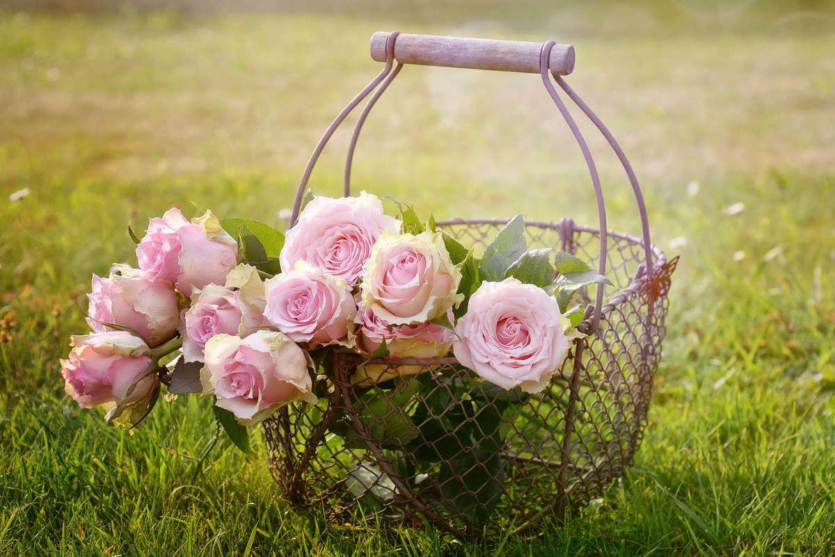 Wysyłka kwiatów pocztą kwiatową